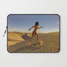 0811 Sandy Dune Nude | The Run Laptop Sleeve