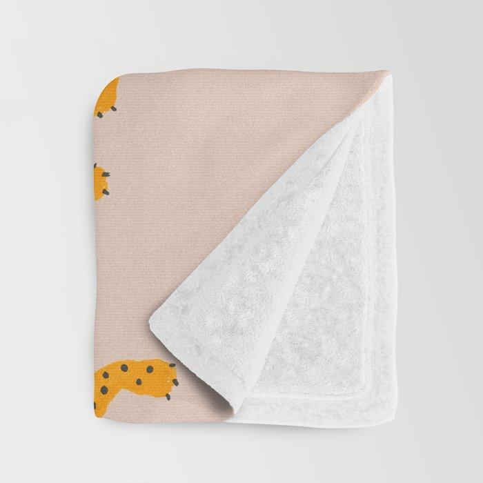 Leopard Race - pink Throw Blanket