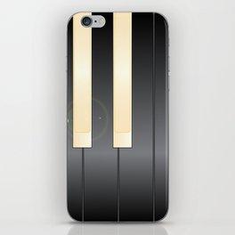 White And Black Piano Keys iPhone Skin