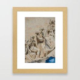 Parapluie bleu Framed Art Print
