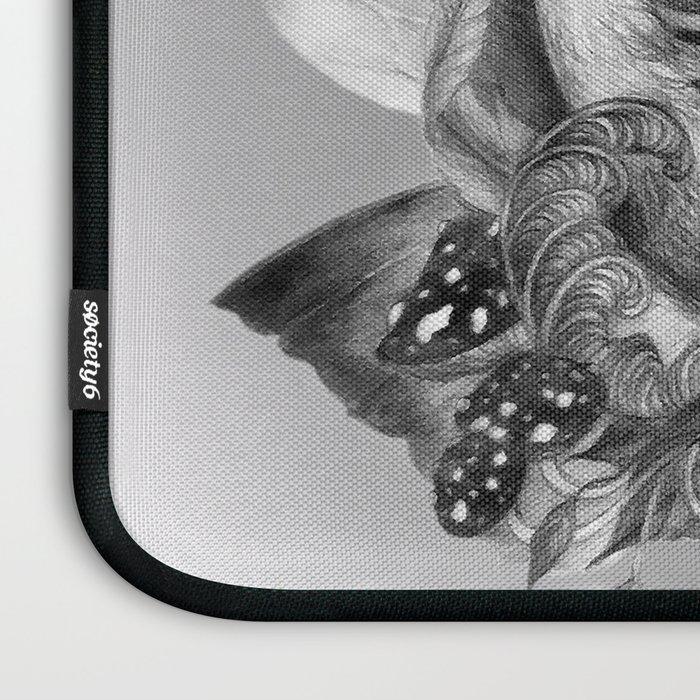 Foxyang- nature's balance Laptop Sleeve