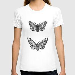 Endromis versicolora T-shirt