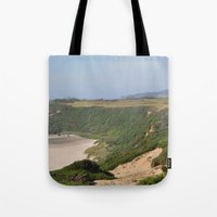 mac Tote Bags featuring Old Mac by JClark