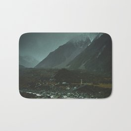 Hiking around the Mountains & Valleys of New Zealand Bath Mat