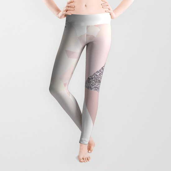 Triangles in glittering Rose quartz - pink glitter triangle pattern Leggings