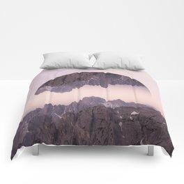 Cliffhanger Comforters