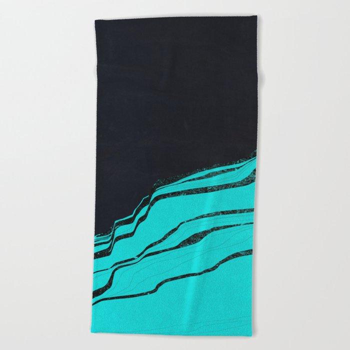Cineraria Beach Towel