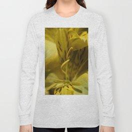 Flower Yellow Stamens Vertical Long Sleeve T-shirt