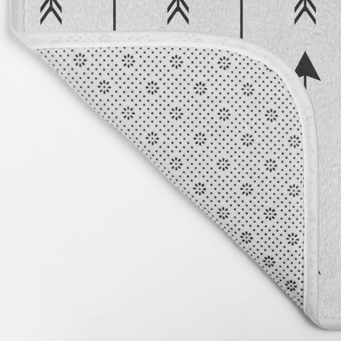 Black and White Arrows Pattern Bath Mat