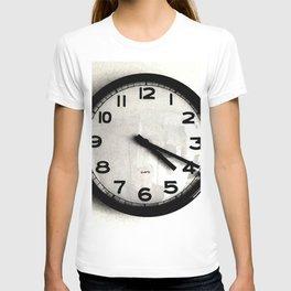 Four Nineteen Clock T-shirt