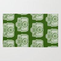 I Still Shoot Film Holga Logo - Reversed Green Rug