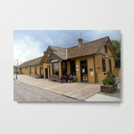 Waiting at the Depot Metal Print