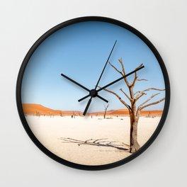 Deadvlei Namibi -  TRAVEL PHOTOGRAPHY & LANDSCAPES Wall Clock