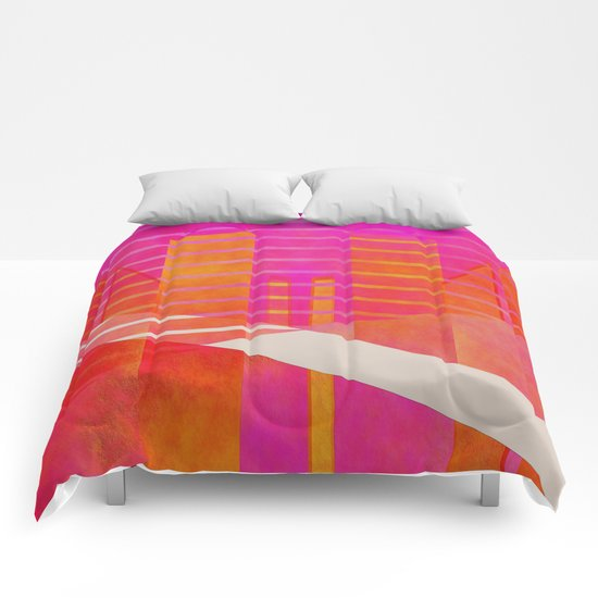 Abstract geometry pink and orange Comforters