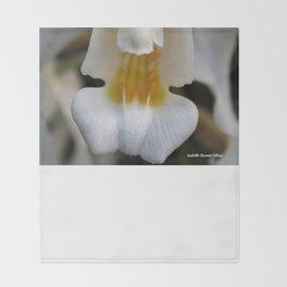 White flower Throw Blanket
