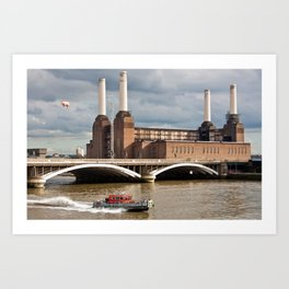 Battersea Power Station with Pink Floyd Pig Art Print