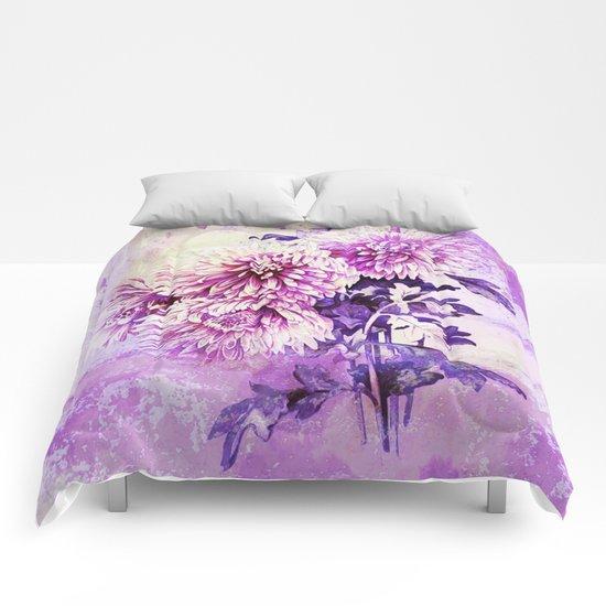 Chrysanthemum on purple Comforters