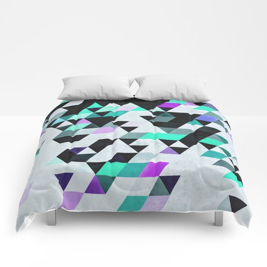 Xyan Tryp Comforters