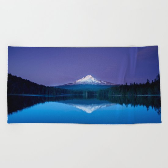 blue mountain Beach Towel