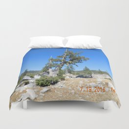 road trip, non typical tree, forked tree, back growth Duvet Cover
