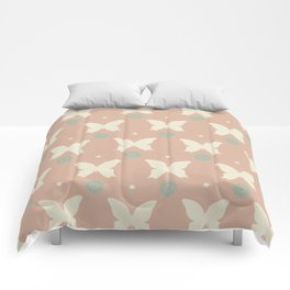 Cute pattern with butterflies and flowers Comforters