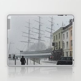 The Clipper in the snow Laptop & iPad Skin