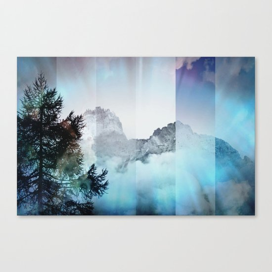 Boreal Lights on the Mountains Canvas Print