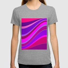 undulating T-shirt