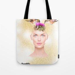 A garota com uma flor na cabeça e dois colibris Tote Bag