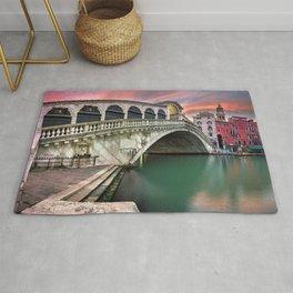 Historic Ponte De Rialto Bridge Grand Canal Venice Italy Europe At Romantic Sunset Ultra HD Rug