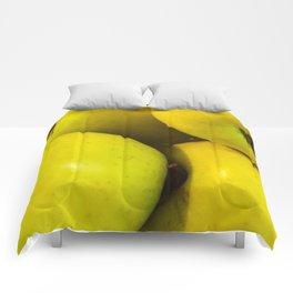 Manzanas Comforters