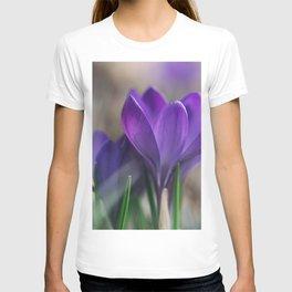 Flower Photography by Aaron Burden T-shirt