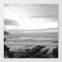 Sunset in Trebarwith Stand, Cornwall, England - Black & White Canvas Print