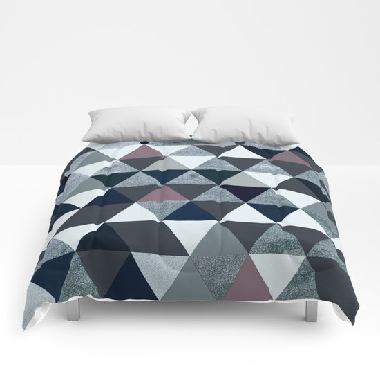 Abstract #386 Comforters