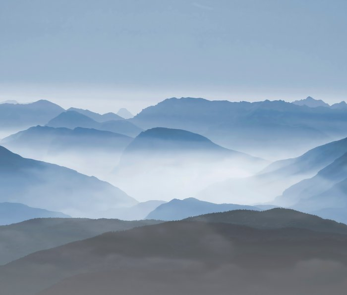 Blue Mountains in Dust - Photoadaption Metal Travel Mug