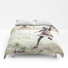Enthusiastic Host Comforters