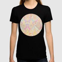 Rosy Opalescent Art Deco Pattern T-shirt