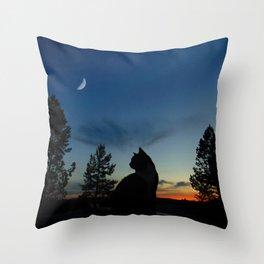 Warrior Cats - Silhouette Throw Pillow