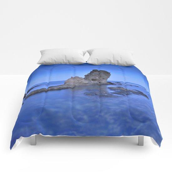 Blue sea. Comforters