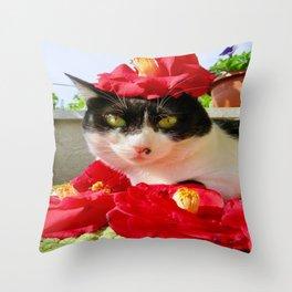 Khoshek queen of flowers Throw Pillow