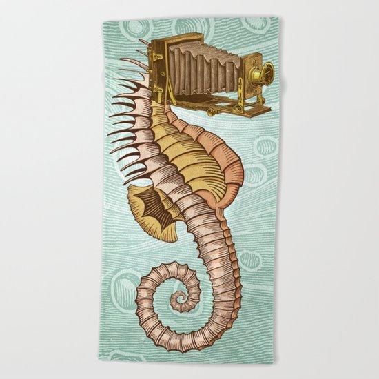 Hippocampus camerarum Beach Towel