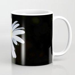 Minimalist Daisy Coffee Mug