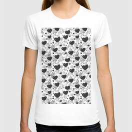 Love Hearts black and white doodles  T-shirt