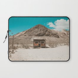 In The Middle of Nowhere | Rhyolite, Nevada Laptop Sleeve