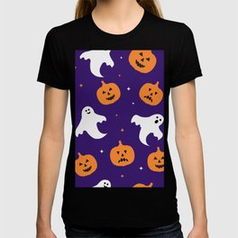 Halloweenpattern with cute cartoon pumpkins  and ghosts on purple background T-shirt