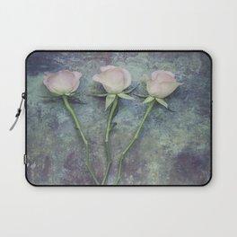 Three Roses II Laptop Sleeve