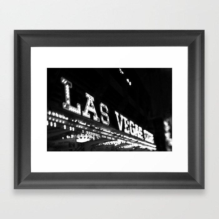 Vintage Las Vegas Sign - Black and White Photography Gerahmter Kunstdruck