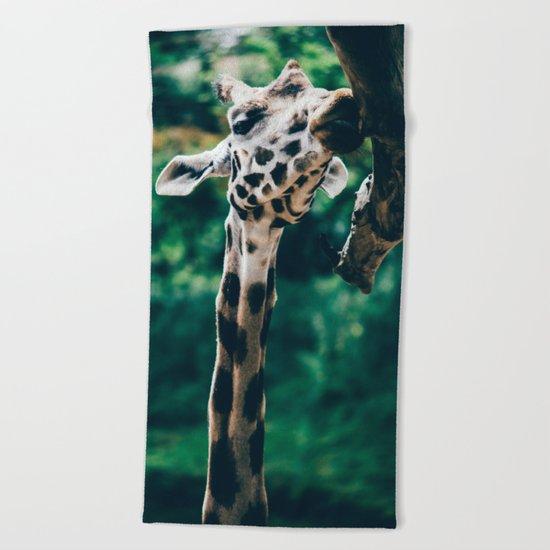 Green Portrait Of A Giraffe Beach Towel
