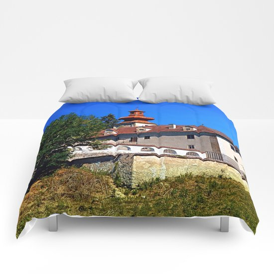 Waldenfels castle, south side Comforters