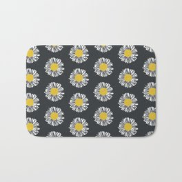 Daisy pattern basic flowers floral blossom botanical print charlotte winter dark color Bath Mat